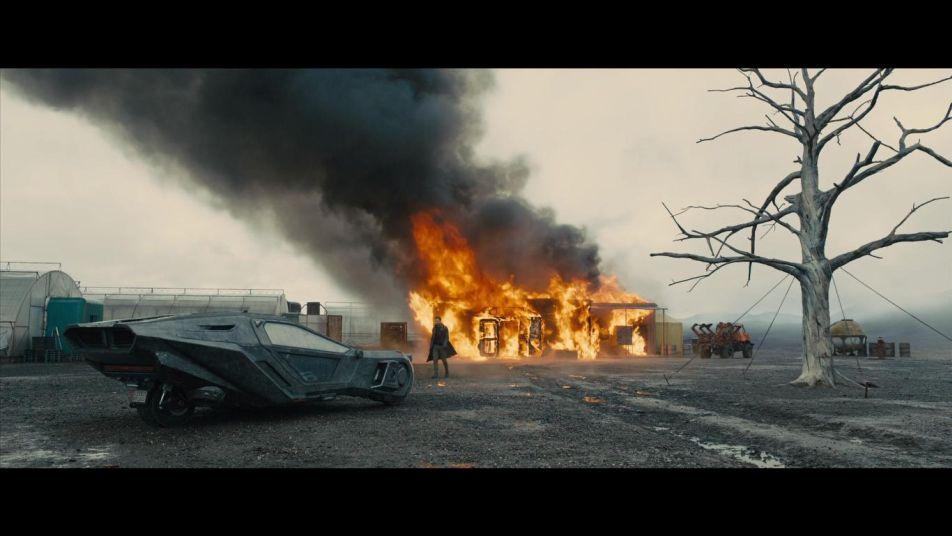 FILM: BLADE RUNNER 2049 3D, SF [osvrt Robert Jukić]